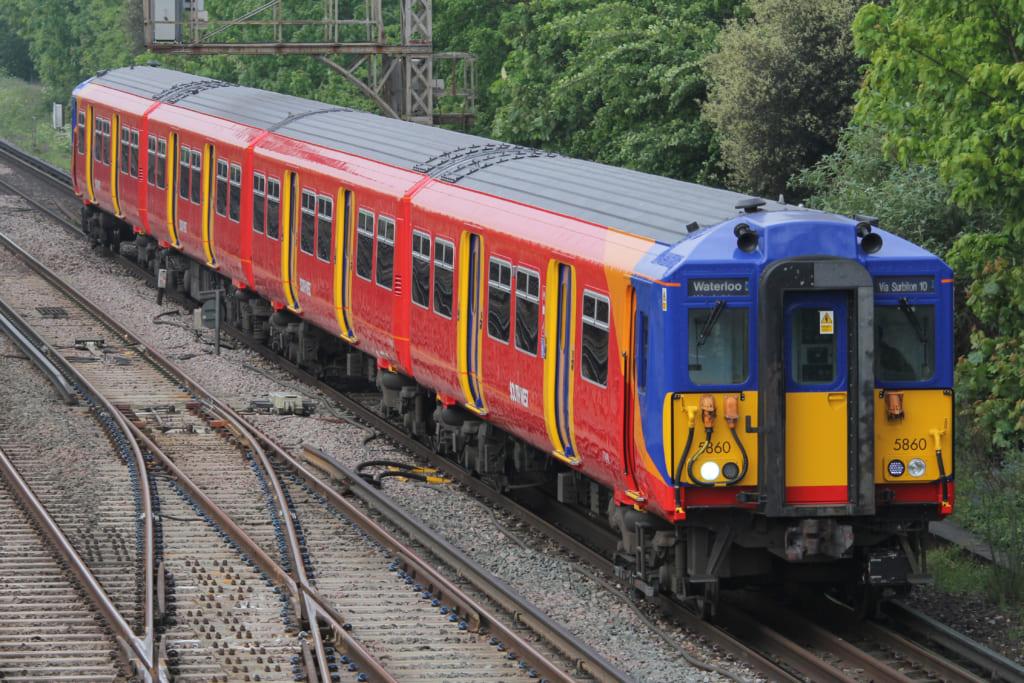 South West Trainsの近距離列車塗装