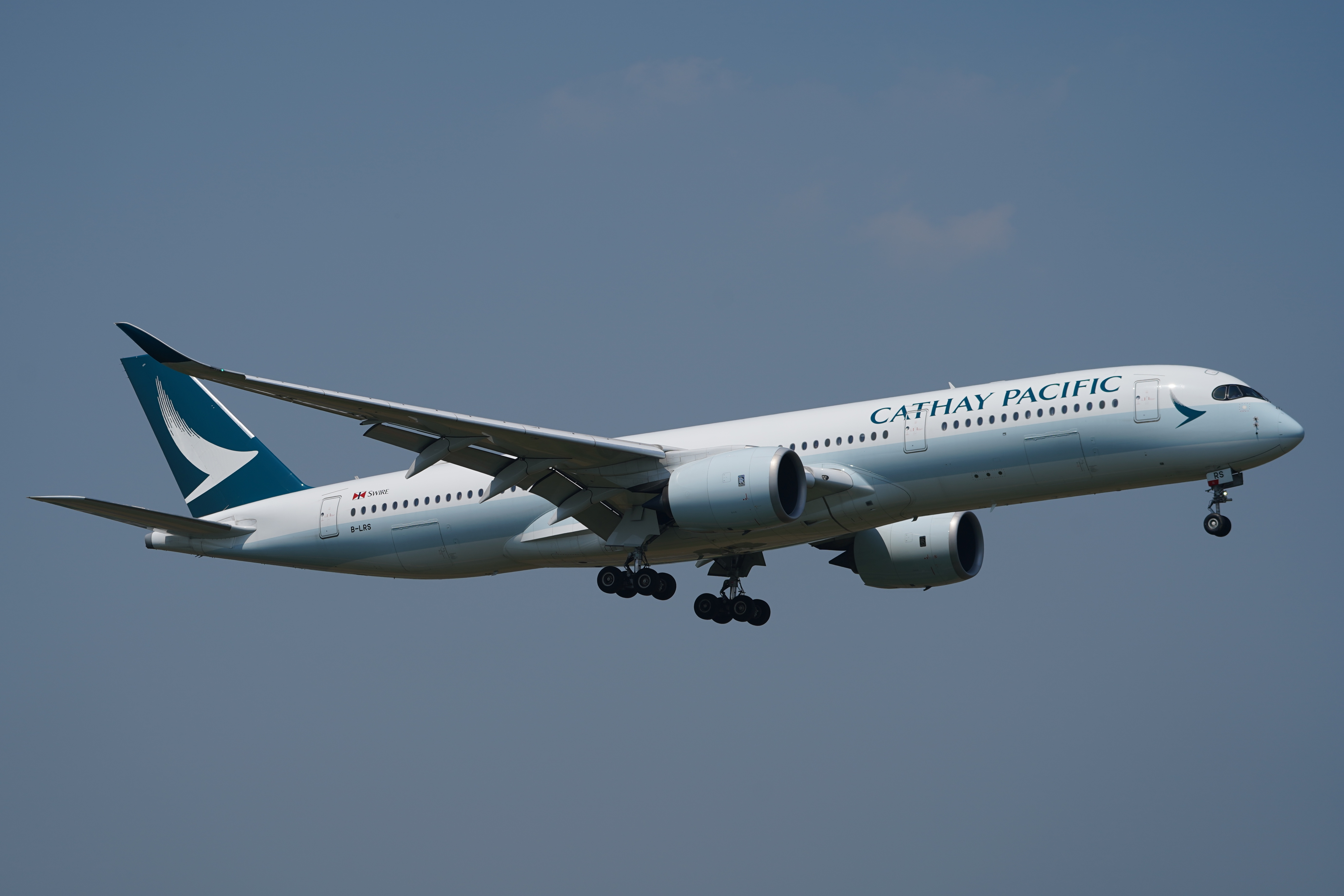 キャセイパシフィック航空 A350-900 B-LRS